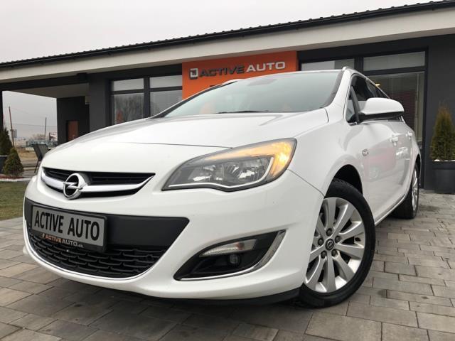 Opel Astra ST 1.6CDTi Cosmo